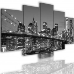 Canvas image spread on the frame 519